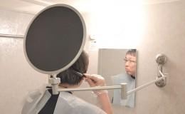 日本Thanko创意家居产品设计,伸缩折叠染发镜子